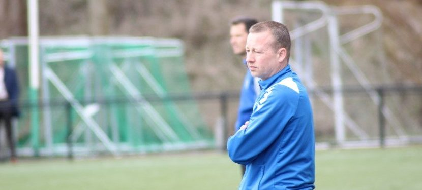 VV Moordrecht opzoek naar nieuwe hoofdtrainer.