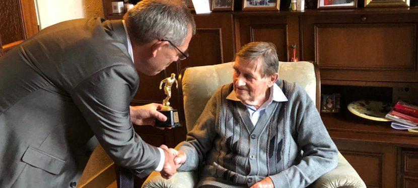 Piet Twigt is 80 jaar lid!